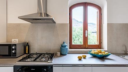 La cucina della Terrazza di Baia Mazzarò